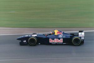 Frentzen driving for Sauber at the 1995 British Grand Prix.