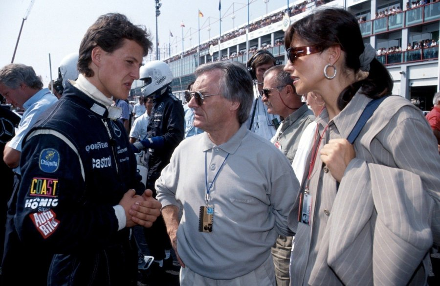 michael_schumacher_bernie_ecclestone_september_19914736516891042741684.jpg